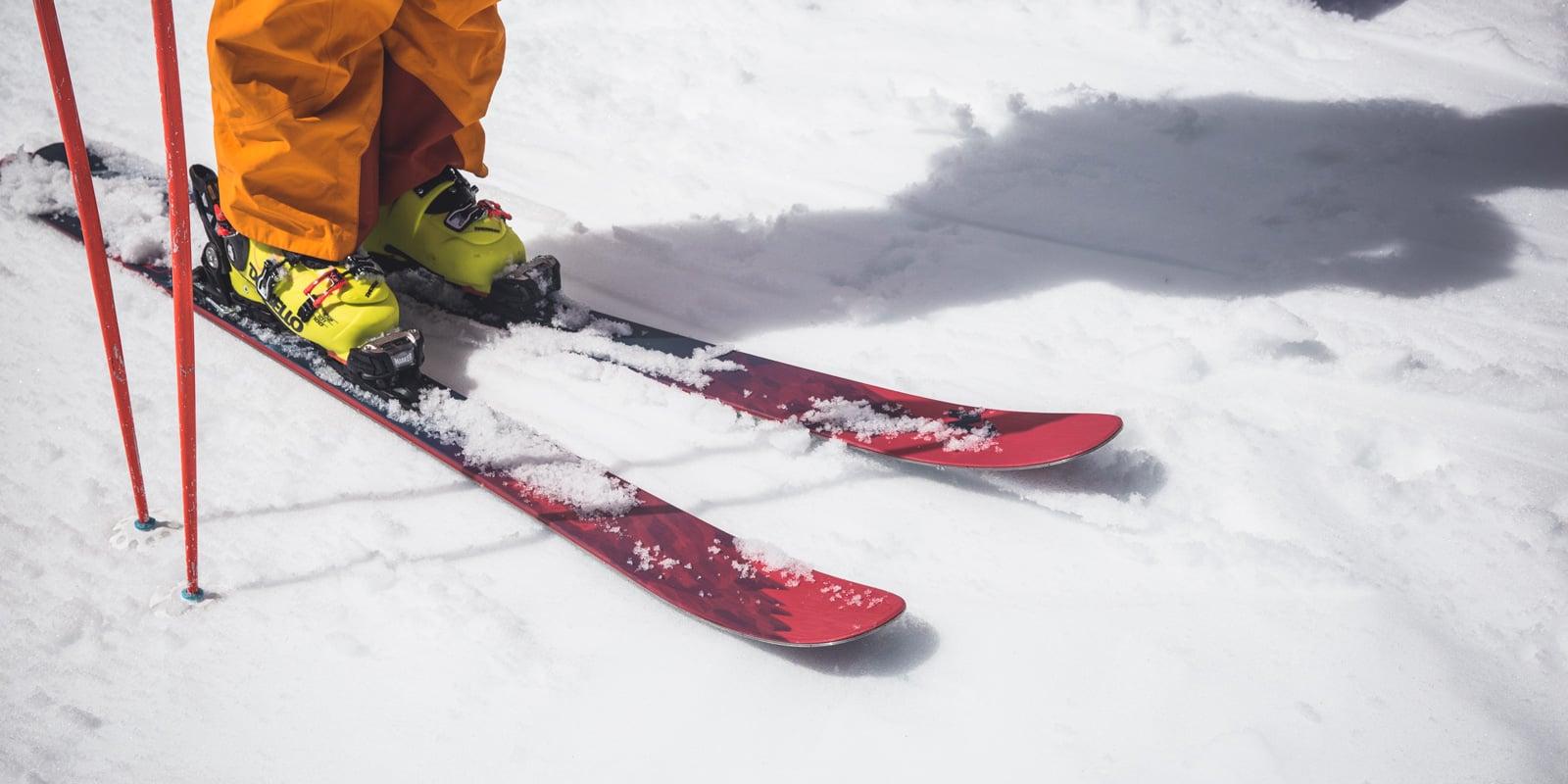 Возврат горных лыж